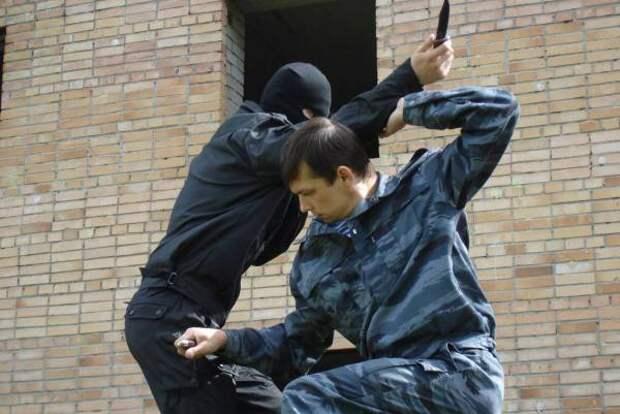 Самозащита: убить или покалечить легко и с помощью подручных средств
