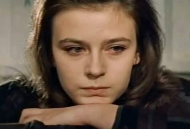 Елена Сафонова в своем дебютном фильме *Ищу мою судьбу*, 1974 | Фото: kino-teatr.ru