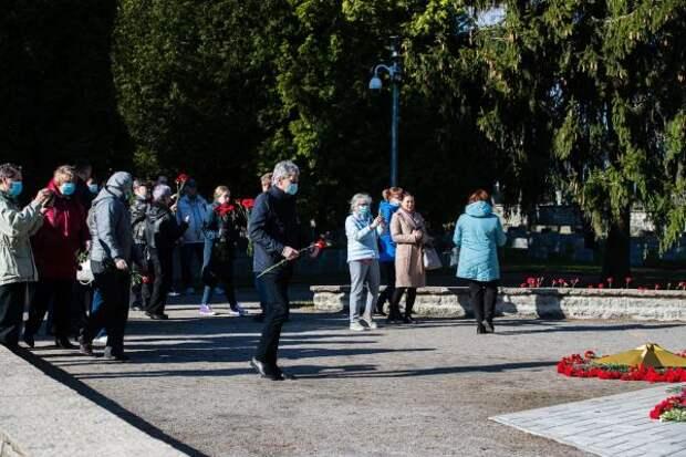 Эстонская полиция задержала волонтеров, ехавших к«Бронзовому солдату»