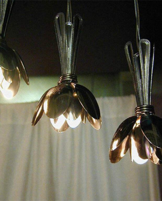 Красивейшие светильники из столовых ложек.