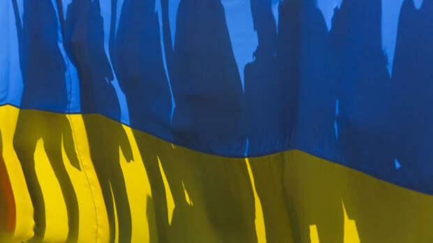 Чтобы победить Россию: Как скатывающаяся в шок Зеленского Украина грезит о перемогах