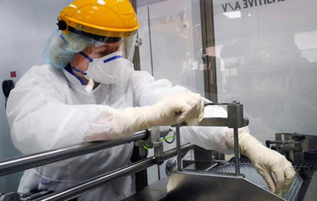 Путину доложили о производстве российской вакцины за рубежом