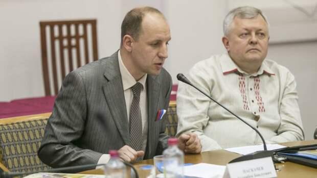 Безпалько назвал логичным включение США и Чехии в список недружественных России стран
