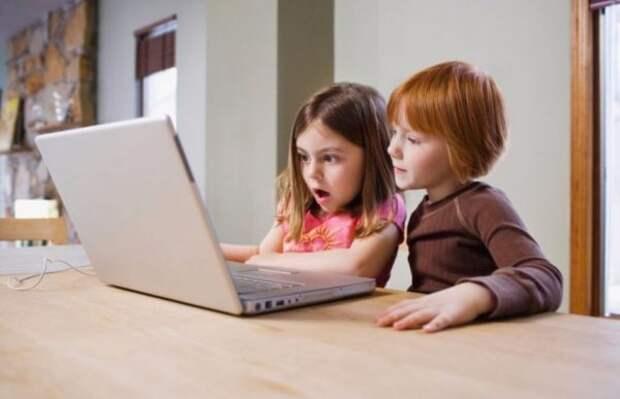 «Да, все дети смотрят взрослые фильмы». Мнение о том, почему родителям придется с этим смириться