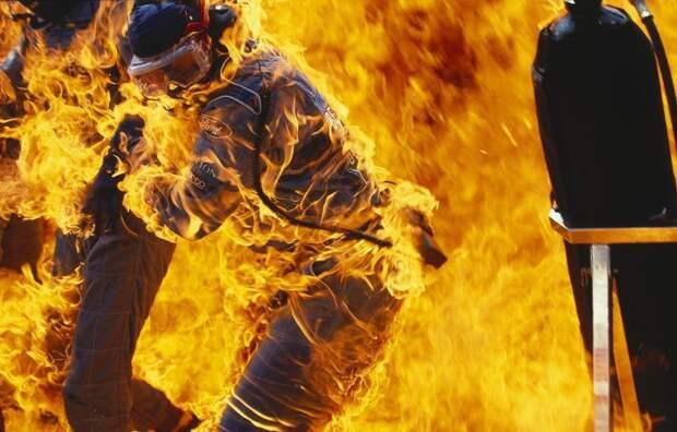 Пожар в боксах команды Benetton–Ford, Германия, 31 июля 1994 года.