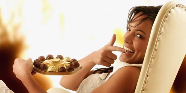Шоколад лечит печаль. Семь способов моментально зарядиться энергией. Фото с сайта NewPix.ru
