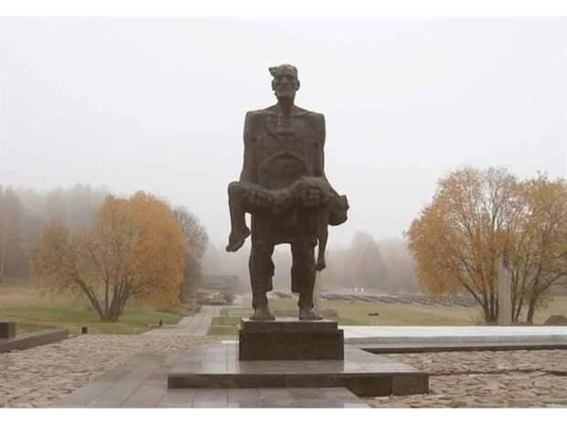 Кто и за что уничтожил белорусскую деревню