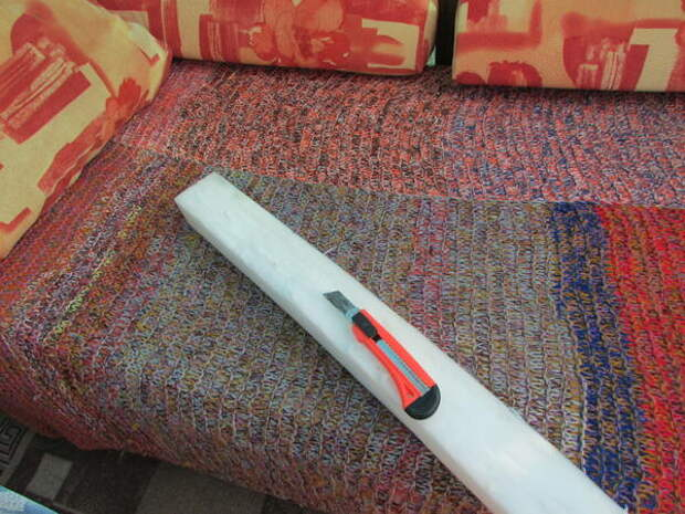 поролон по размеру резала канцелярским ножом