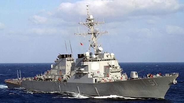 В Балтфлоте рассказали о регулярных дежурствах американских эсминцев