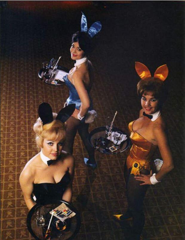 Ретро фотографии озорных зайчиков Playboy.