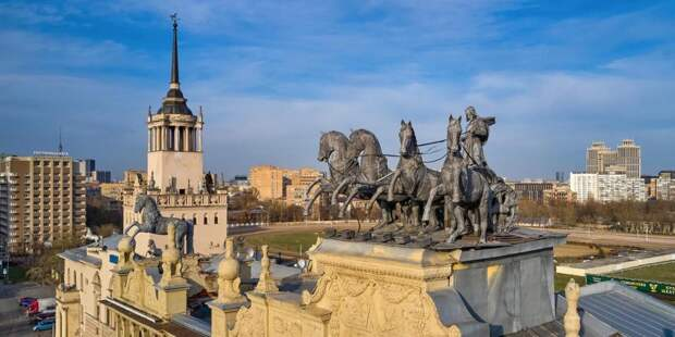 Сергунина: Около 100 креативных площадок Москвы присоединились к сентябрьской акции «День без турникетов»