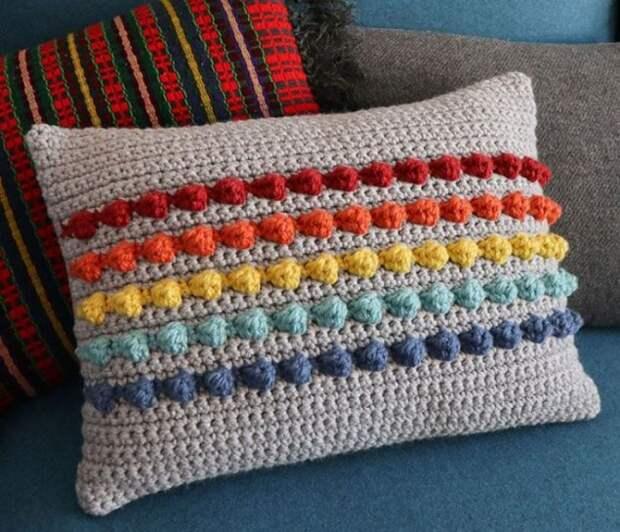 Как сделать диванную подушку с радугой своими руками — 5 мастер-классов