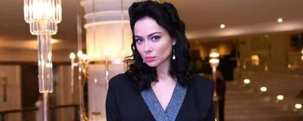 Настасья Самбурская записала видео со «смертного одра»