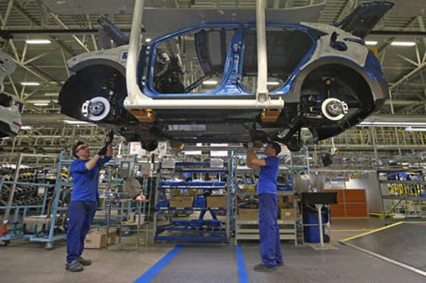 Росстат: производство автомобилей и автобусов растет