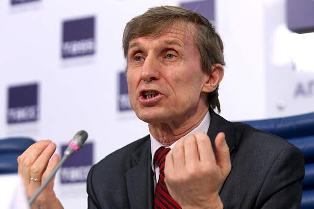 На фото: председатель Общественного движения «Федеральный сельсовет» фермер Василий Мельниченко