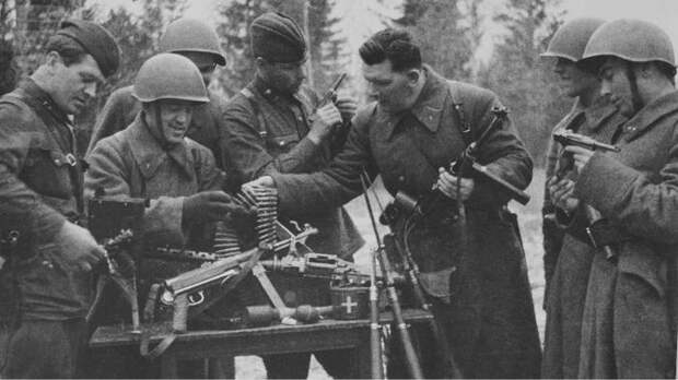 Использование немецких трофейных пистолетов-пулемётов в СССР