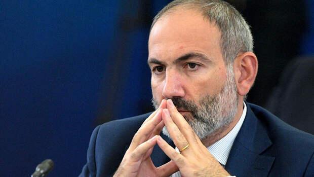 Пашинян заявил о готовности к уточнению границы с Азербайджаном