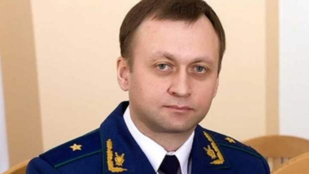 Главный алтайский прокурор перед уходом с должности заработал более 4 млн рублей