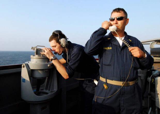 Российская подводная лодка сядерными ракетами отправилась кпобережью США