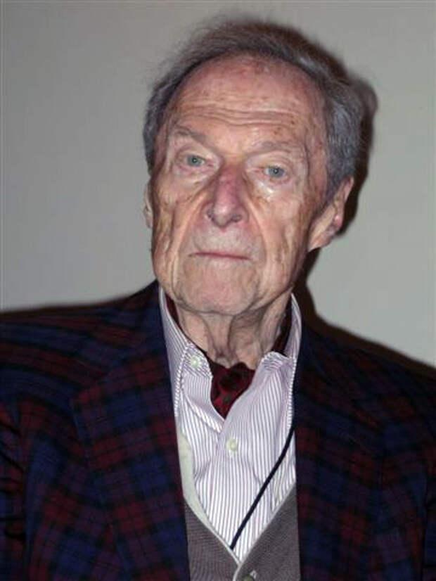 Хилари Копровский (1916-2013) - вирусолог, разрабатывал живую вакцину от полиомиелита.