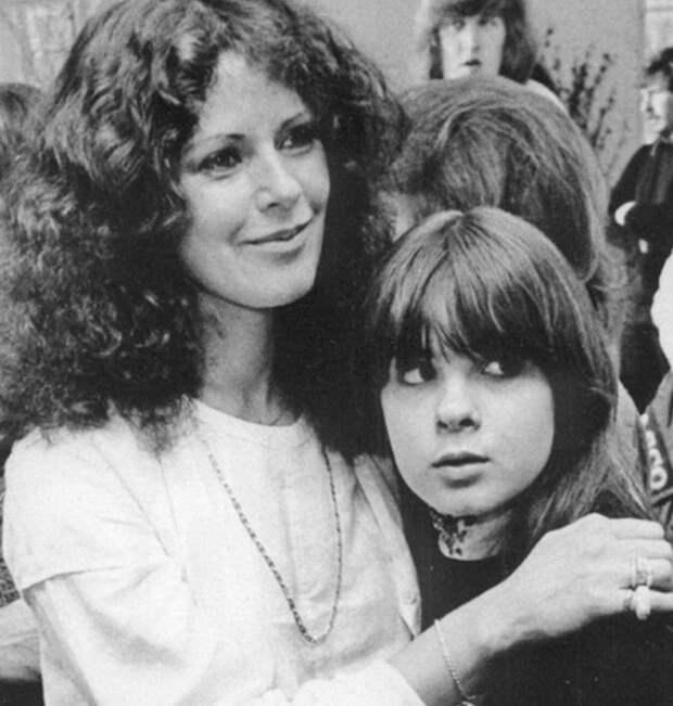 Вот как сложилась судьба темноволосой солистки легендарной группы ABBA.