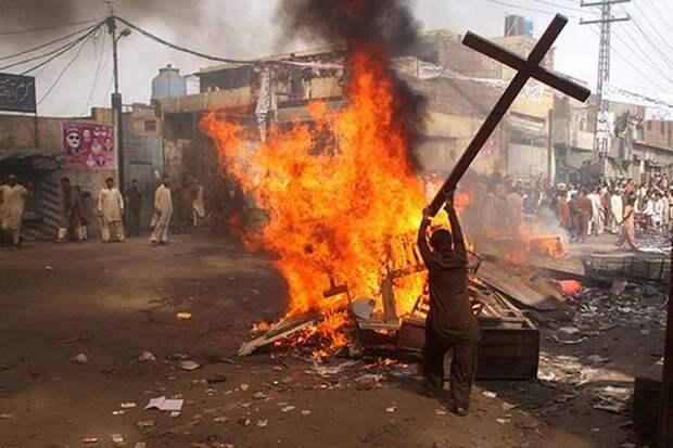 МИД: гонения на христиан приобрели угрожающие масштабы