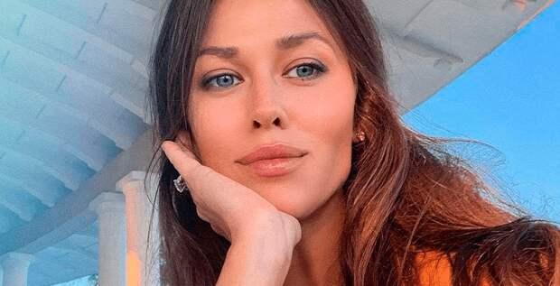 Анна Кастерова рассказала о жизни с Евгением Малкиным