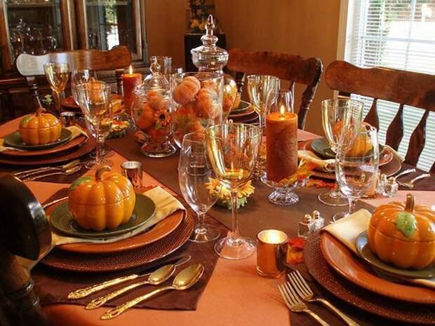 Основные варианты, элементы и секреты декорирования стола в осеннюю пору