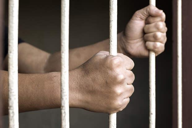 Суд арестовал обвиняемого в стрельбе в казанской школе