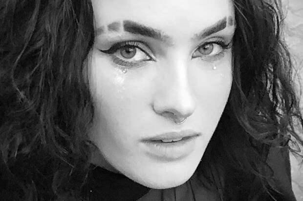 «Опозорила мать»: дочь Гузеевой снялась пьяной на камеру