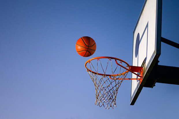 На Березовой аллее заменили сетки на баскетбольных кольцах