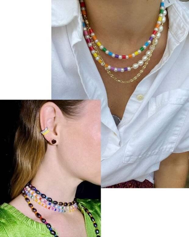 девушки с разноцветными бусами на шее