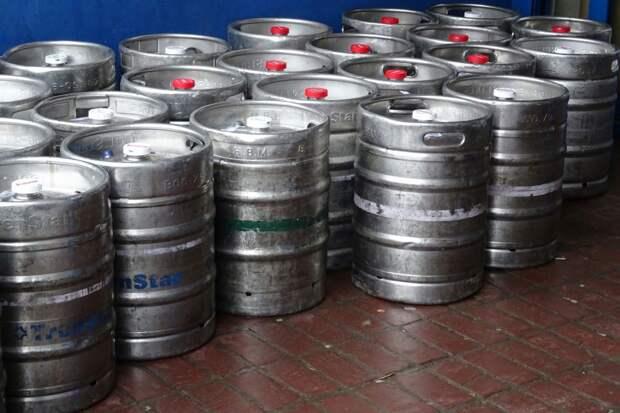 Харьковские коммунальщики на ProZorro закупили тысячи литров пива