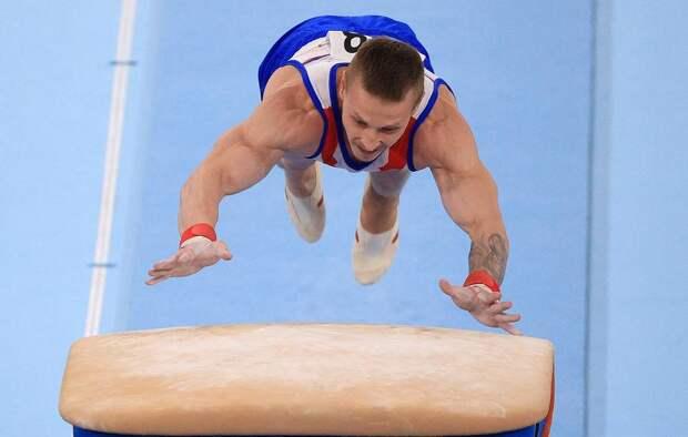 У Дениса Аблязина украли золото в опорном прыжке. Двойные стандарты арбитров превращают Игры в цирковое представление
