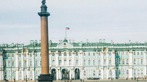 Петербург будет менять молодежную политику