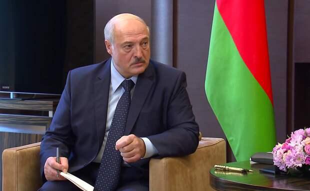 Лукашенко пообещал уйти «когда надо»