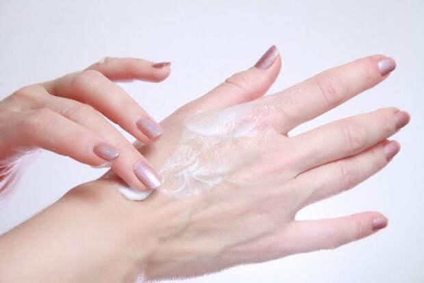 3 главных признака старения кожи рук. 5 советов как продлить молодость