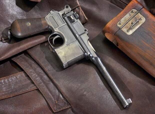 Маузер С96 – самый известный пистолет Гражданской войны