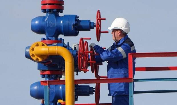 «Нужно запасаться свечками»: Британцы испугались холода без российского газа