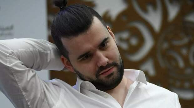 Шахматист Непомнящий сыграл вничью с Гири на турнире претендентов в Екатерибурге