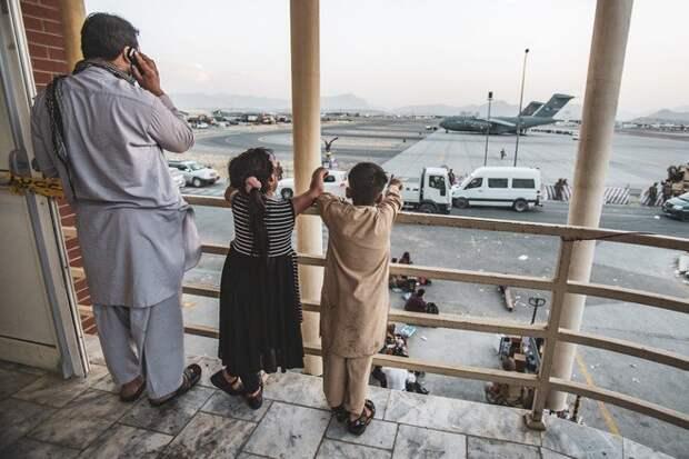 Раскрыт обман бывшего президента Афганистана перед его побегом