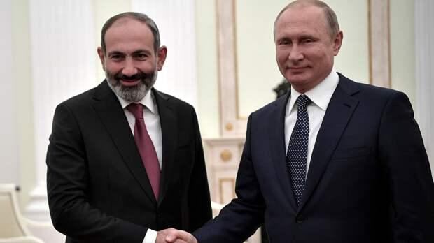 В Кремле ответили на слова Пашиняна о запросе военной помощи у России