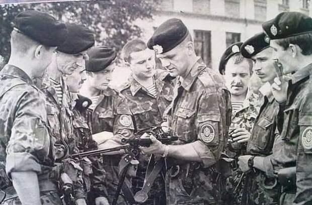 «Последние герои СССР»: как 150 рижских ОМОНовцев пытались остановить развал Союза