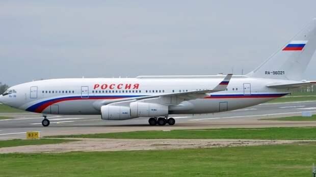 Западная пресса сравнила самолеты президентов США и России
