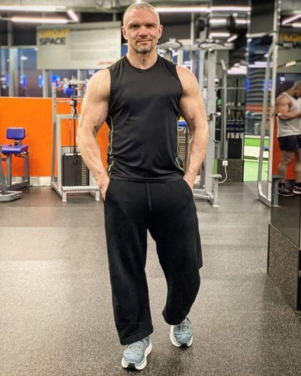 Владимир Епифанцев признался, что ради него возлюбленная похудела на 30 килограммов