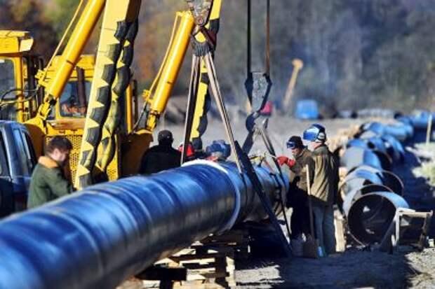 """Прокачка нефти по """"Дружбе"""" в направлении Словакии приостановлена после ремонта"""