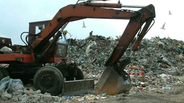 Провал мусорной реформы очевиден, но... никто не виноват: Эксперт о дурно пахнущей проблеме России