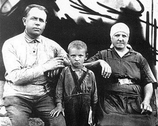 Михаил Горбачев о сталинских репрессиях 1937-1938 гг.