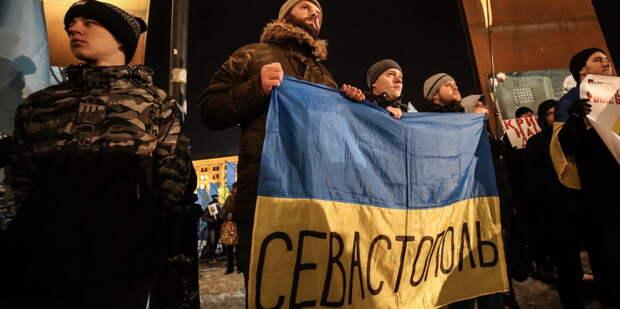 В Киеве намерены поднять украинский флаг над Севастополем «по стандартам НАТО»