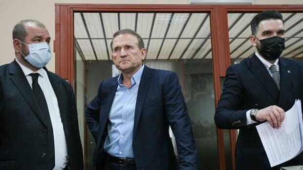 Адвокаты Медведчука размазали по стенке фейковые обвинения прокуратуры